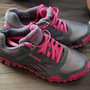 Shoes - Womens Rebook tennis shoes